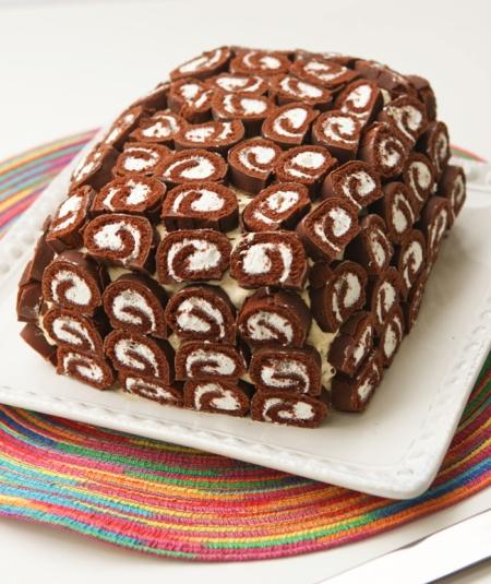 Mmmmmm..... cake.......